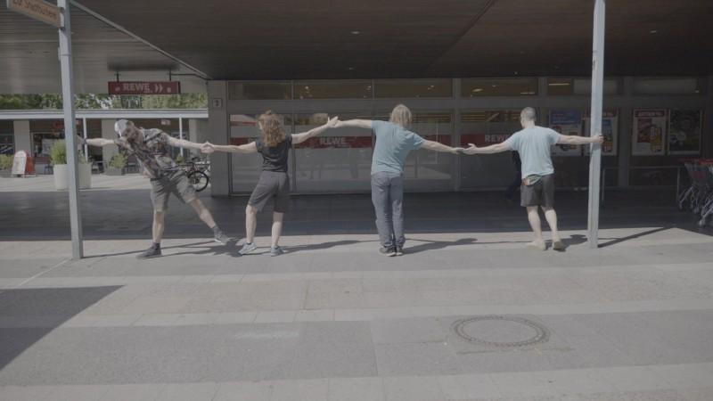 HansaHood dances